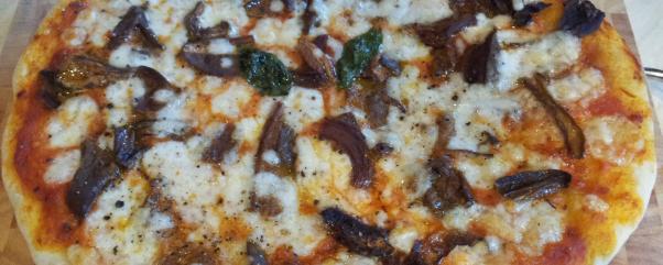 Pizza porcini mushrom